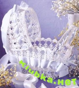Вязаная колясочка (сувенир)