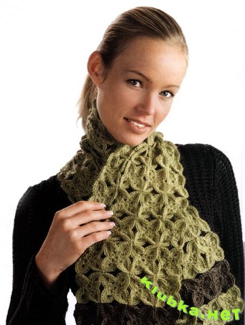 Теплый шарф из мотивов