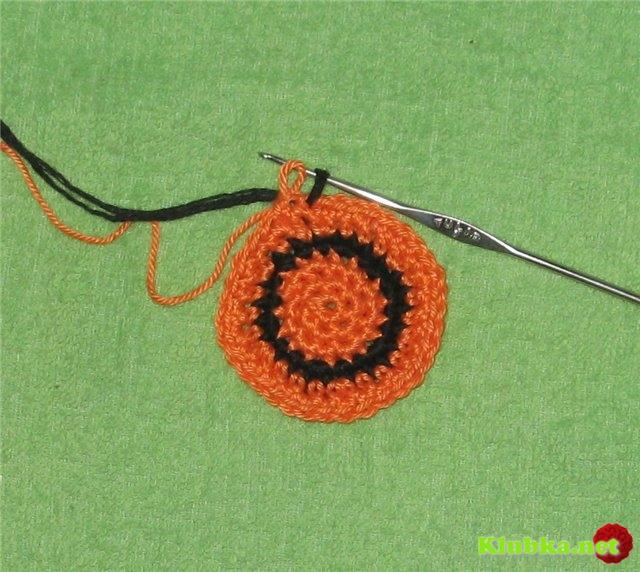 Как сделать незаметной смену цвета в круговом вязании