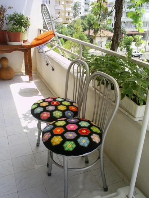 Подушечки на стулья