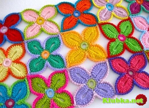Гавайский цветок крючком