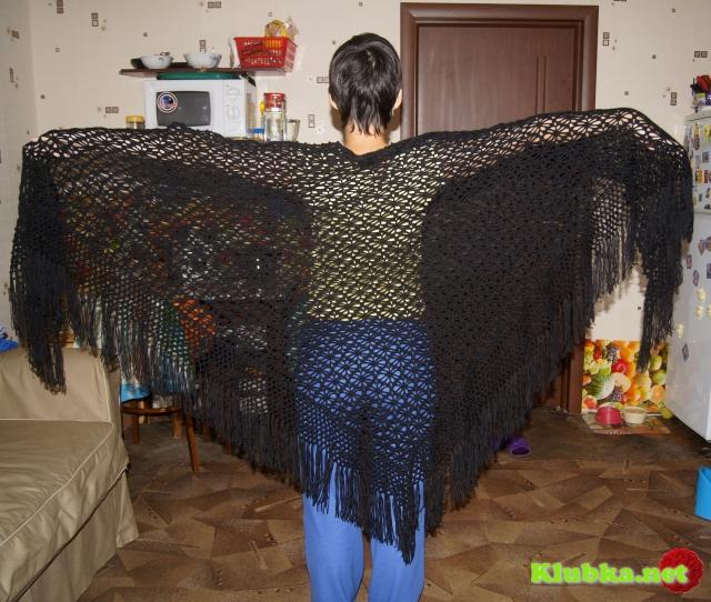 видео вязания шали паучки