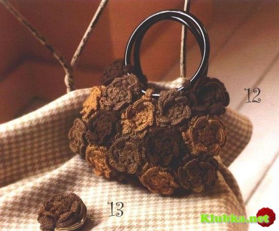 Вязаная сумочка из цветов