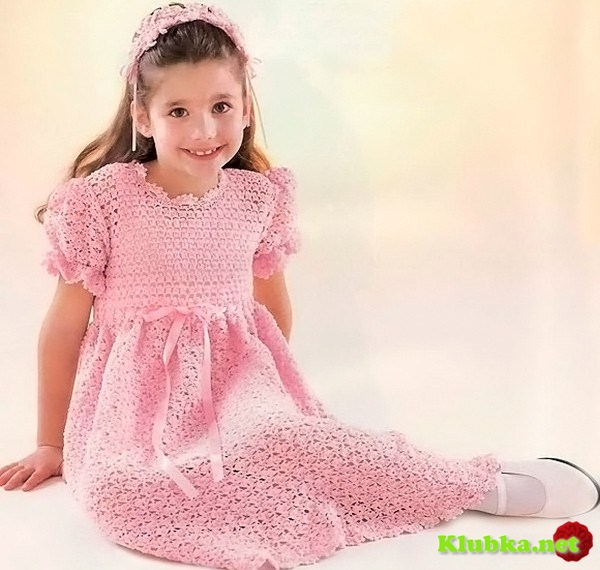 Платье для юной модницы крючком
