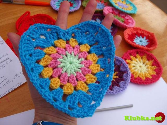 Мотив «Сердце» крючком в стиле бабушкиного квадрата