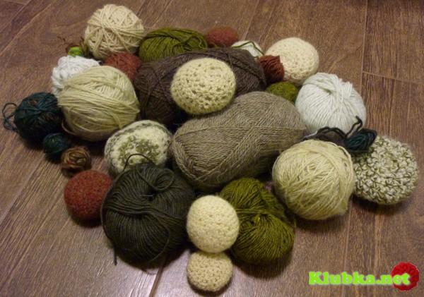 Коврик из вязаной гальки