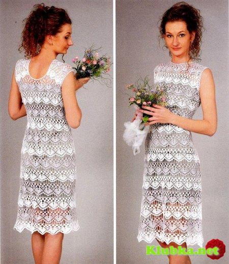 Платье крючком с красивым ажурным узором