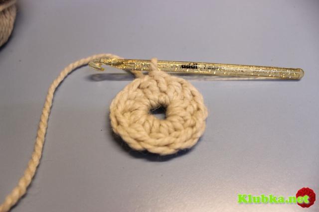 Берет вязаный крючком