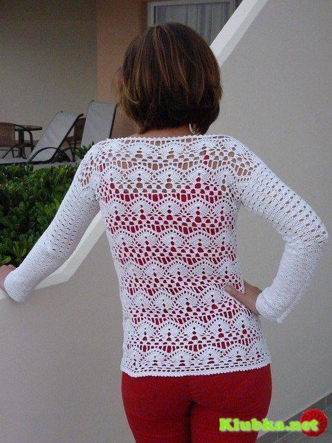 Пуловер с кружевным узором