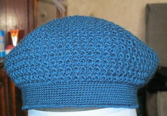 Сиреневая шапочка из ангоры