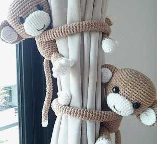 Держатель для штор обезьянка