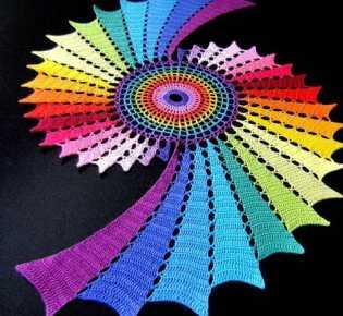 Радужная красота крючком