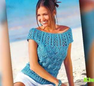 Голубой летний пуловер